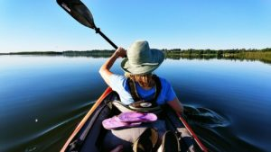 best-sun-protection-clothies-for-kayaking